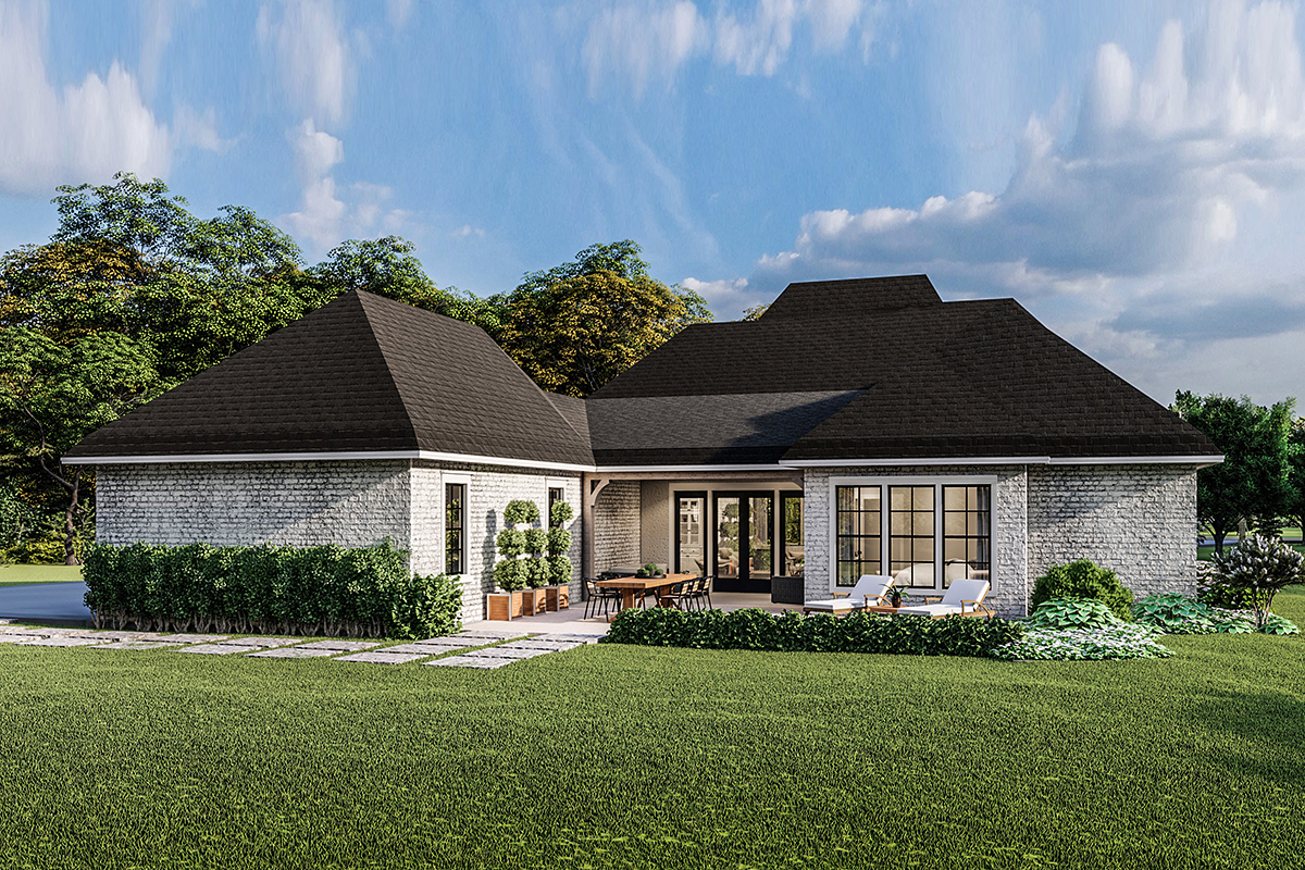 Country, Craftsman, European, Farmhouse, Southern, Traditional House Plan 40049 with 4 Beds, 3 Baths, 2 Car Garage Rear Elevation