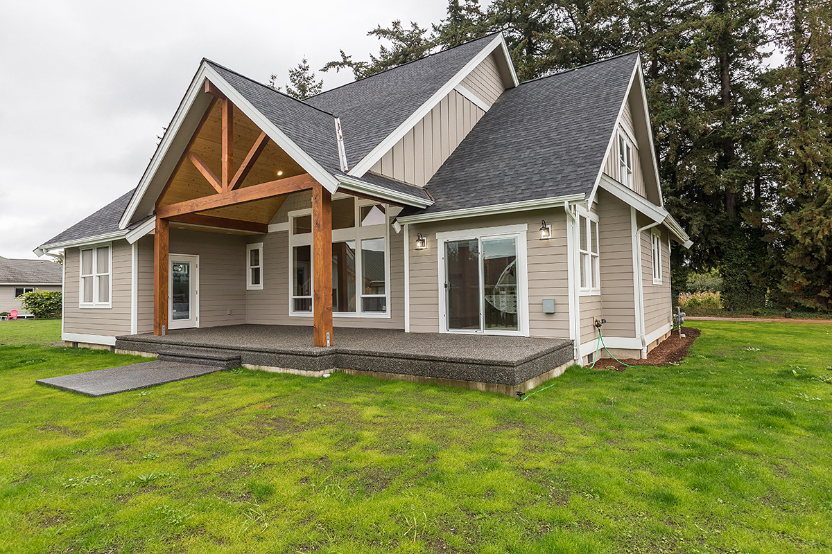 Country, Craftsman, Traditional House Plan 40917 with 4 Beds, 3 Baths, 2 Car Garage Rear Elevation