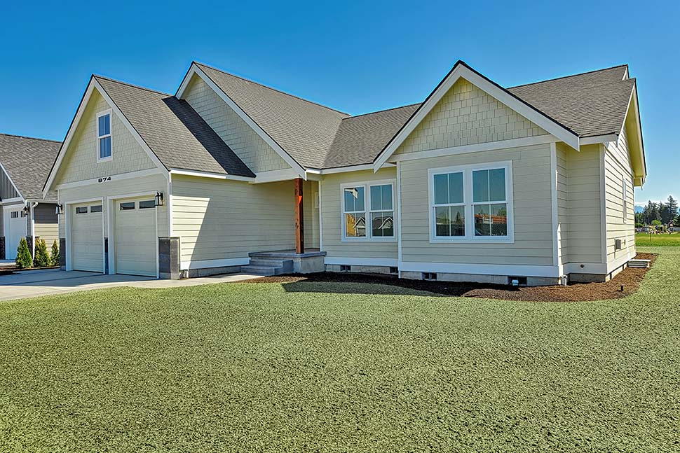 Country, Craftsman, Ranch, Traditional House Plan 40918 with 3 Beds, 2 Baths, 2 Car Garage Picture 3