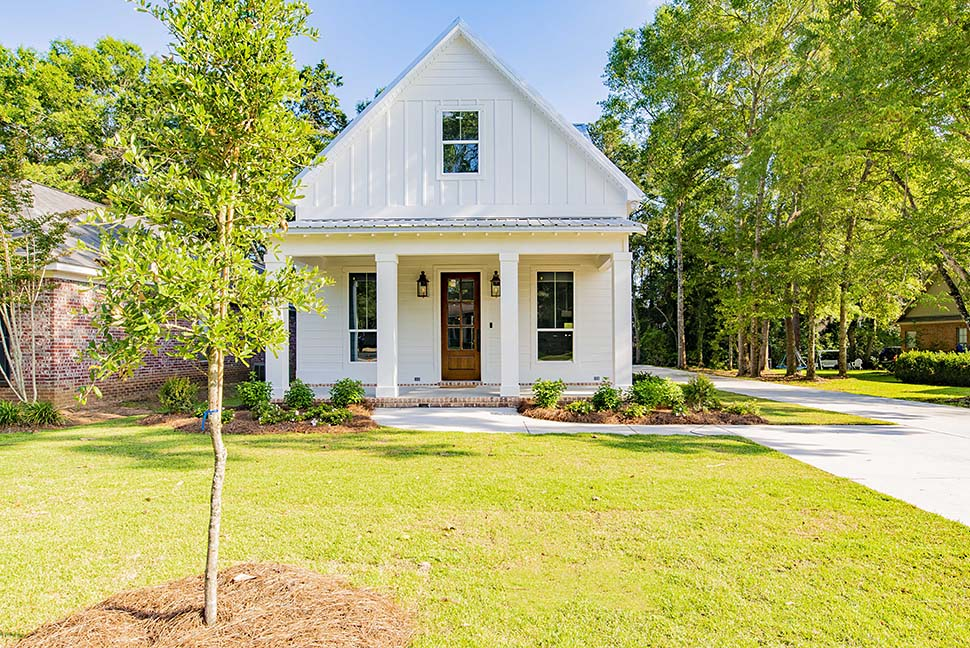 Cottage, Country, Southern, Traditional House Plan 51933 with 4 Beds, 3 Baths, 2 Car Garage Picture 3