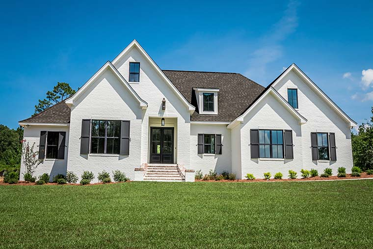 European, French Country Plan with 2404 Sq. Ft., 4 Bedrooms, 3 Bathrooms, 2 Car Garage Picture 2