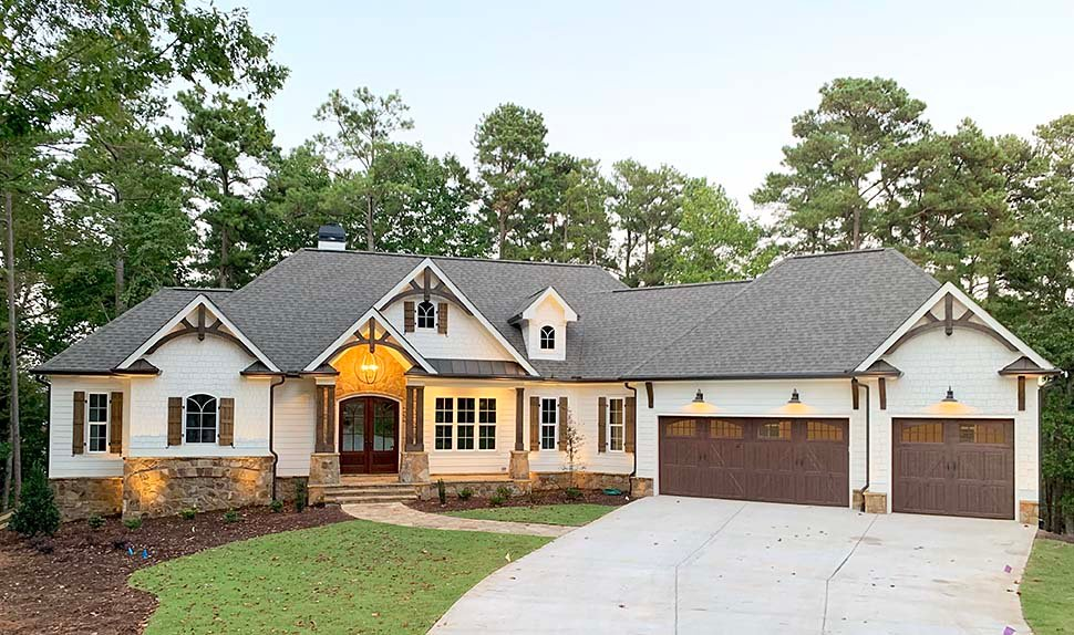 Cottage, Craftsman House Plan 52026 with 4 Beds, 4 Baths, 3 Car Garage Picture 11