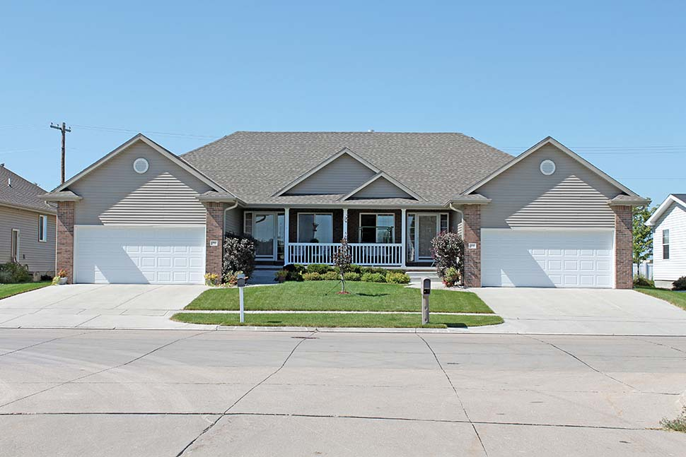 One-Story, Traditional Multi-Family Plan 68099 with 6 Beds, 4 Baths, 4 Car Garage Picture 3
