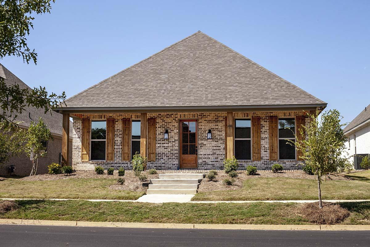 House Plan 74656