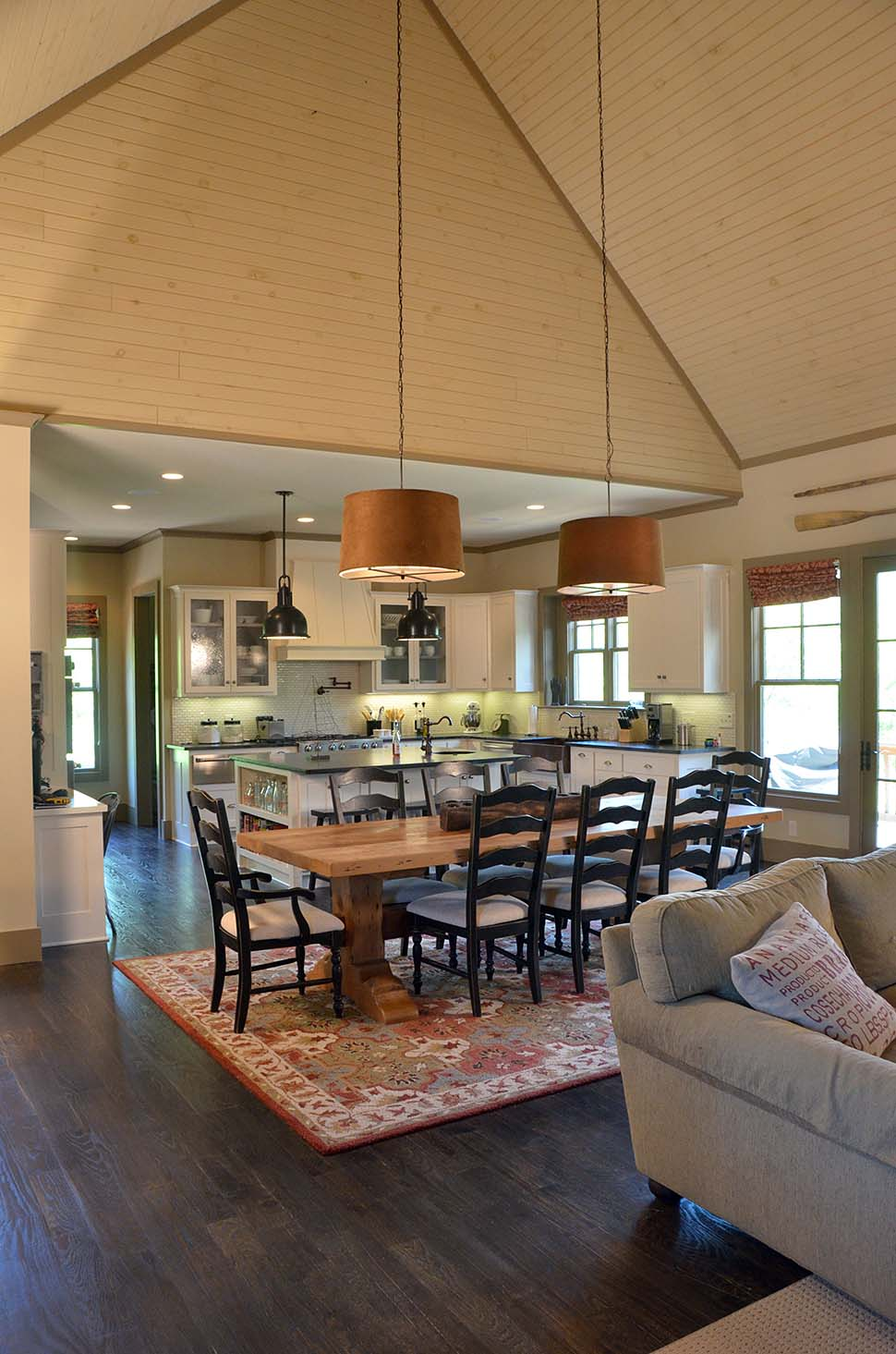 Cottage, Craftsman Plan with 3005 Sq. Ft., 5 Bedrooms, 6 Bathrooms, 1 Car Garage Picture 7