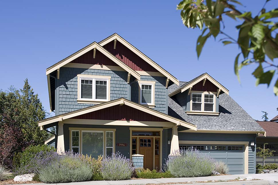 Craftsman, Traditional House Plan 81216 with 3 Beds, 3 Baths, 3 Car Garage Picture 2