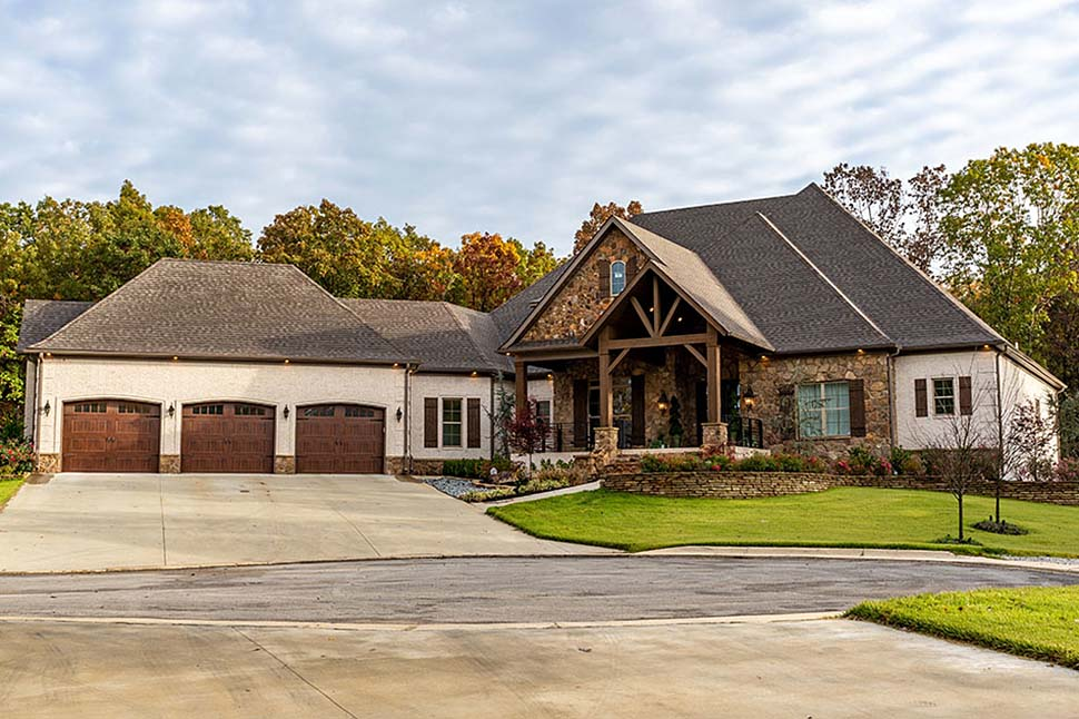 Bungalow, Craftsman, European, French Country House Plan 82511 with 4 Beds, 5 Baths, 3 Car Garage Elevation