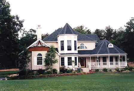 Victorian Plan with 2455 Sq. Ft., 4 Bedrooms, 3 Bathrooms, 2 Car Garage Picture 2