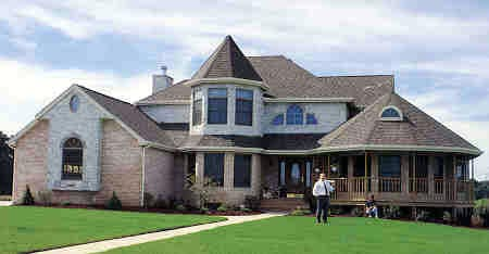 Victorian Plan with 2455 Sq. Ft., 4 Bedrooms, 3 Bathrooms, 2 Car Garage Picture 3