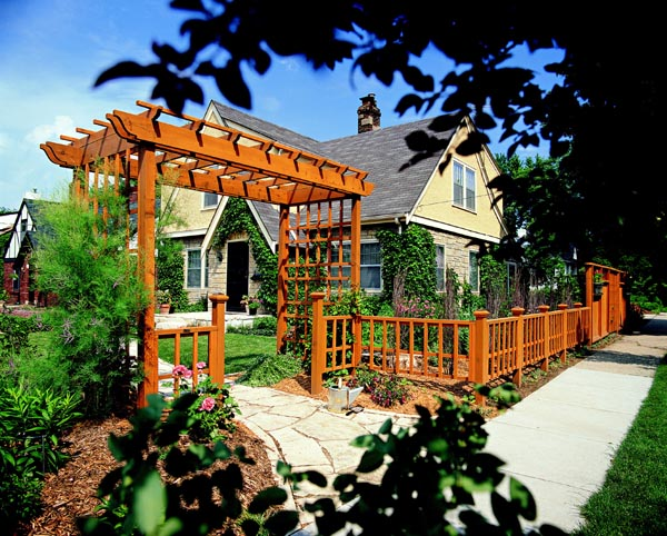 503495 - Welcoming Arbor and Fence