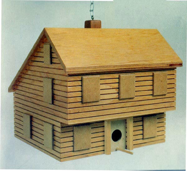 504313 - Saltbox Birdhouse